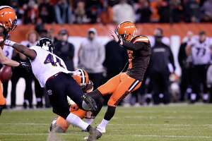 Ravens stun Browns - Photo
