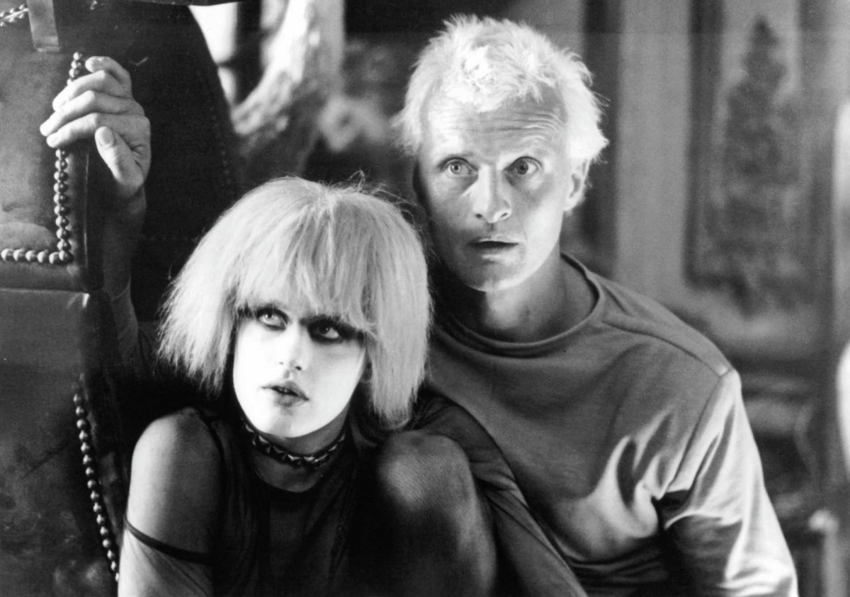 1982 - Daryl Hannah and Rutger Hauer in a scene from the film 'Blade Runner', 1982.