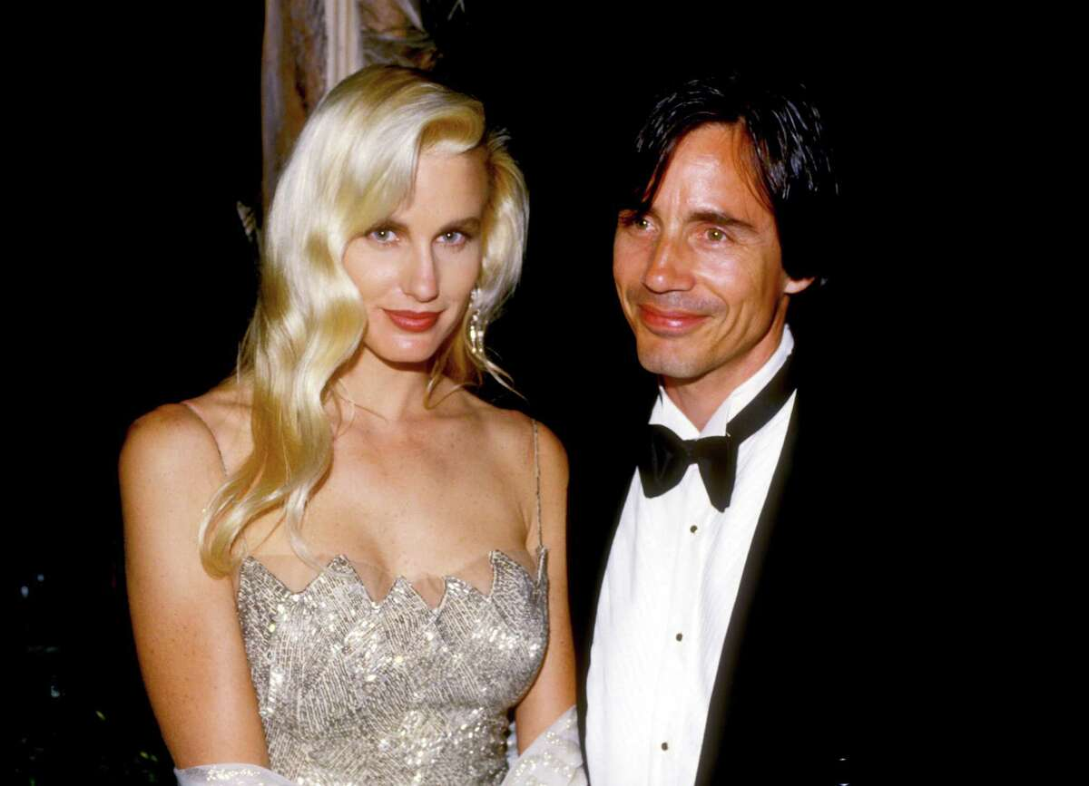 1980 - Daryl Hannah and Jackson Browne (Photo by L. Cohen/WireImage)