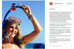 Supermodel Christie Brinkley, 61, wows in bikini photos on Instagram - Photo