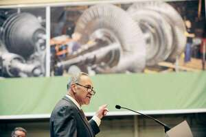 Schumer says Ex-Im Bank to be funded by highway bill - Photo