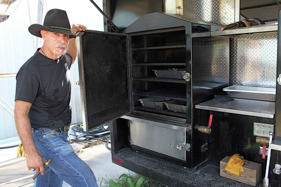 swiss born chef loves texas barbecue houston chronicle. Black Bedroom Furniture Sets. Home Design Ideas