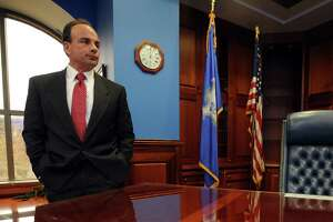 Ganim takes over as mayor - Photo
