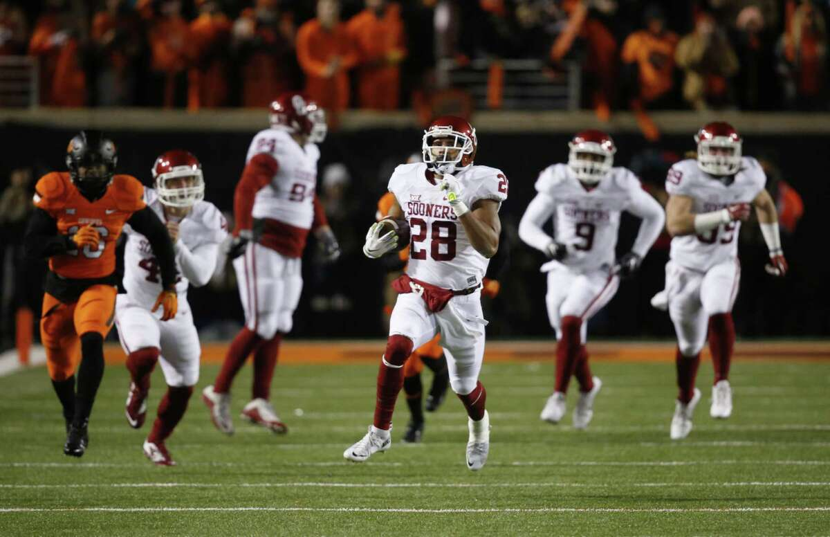 3.Oklahoma (11-1) What's left: Nothing The Sooners get to relax this weekend while the teams around them try to avoid an upset. Despite a loss to a four-win Texas team, Oklahoma is in. The only question is whether the Sooners will play their semifinal game in the Orange Bowl or the Cotton Bowl.