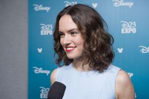 Daisy Ridley feared panic attack on 'Star Wars' set after J.J. Abrams criticism - Photo