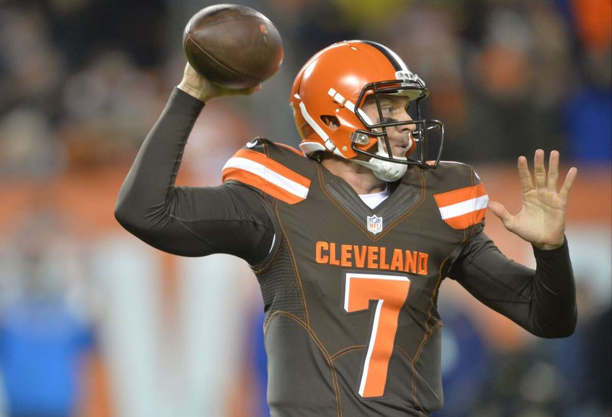 32. Cleveland (2-9) Last week: (32) After losing on the last play to Baltimore, the Browns have a six-game losing streak and still have problems at quarterback.