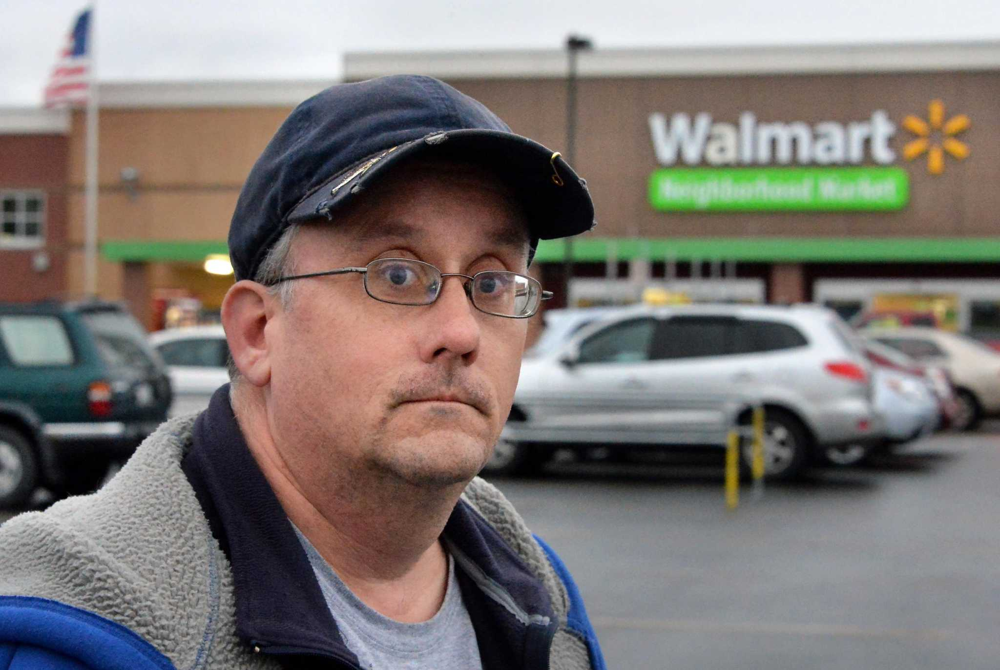 a74fe445ff2 Wal-Mart worker fired after 18 years for turning in  350 cash found in  Niskayuna store parking lot too slowly