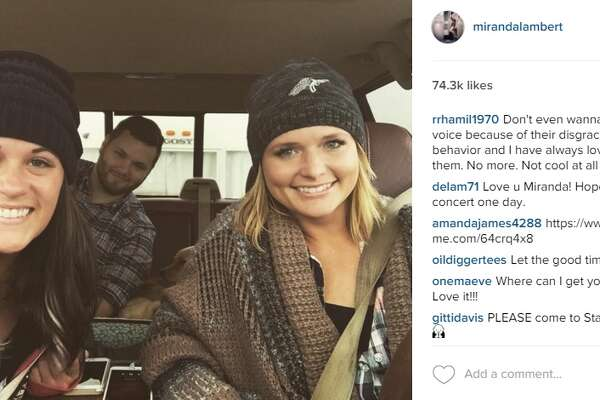 Miranda Lambert Hangs In New Braunfels With Buc Ee S