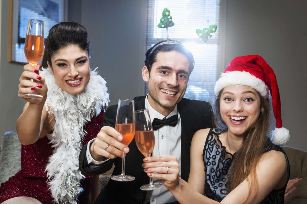 Night Celebration: Noche buena is the latino equivalent to Christmas. It is held on Christmas eve, (December 24th).The vast majority of Latinos gather for a celebration, filled with traditional rich food, dancing, and drinking.