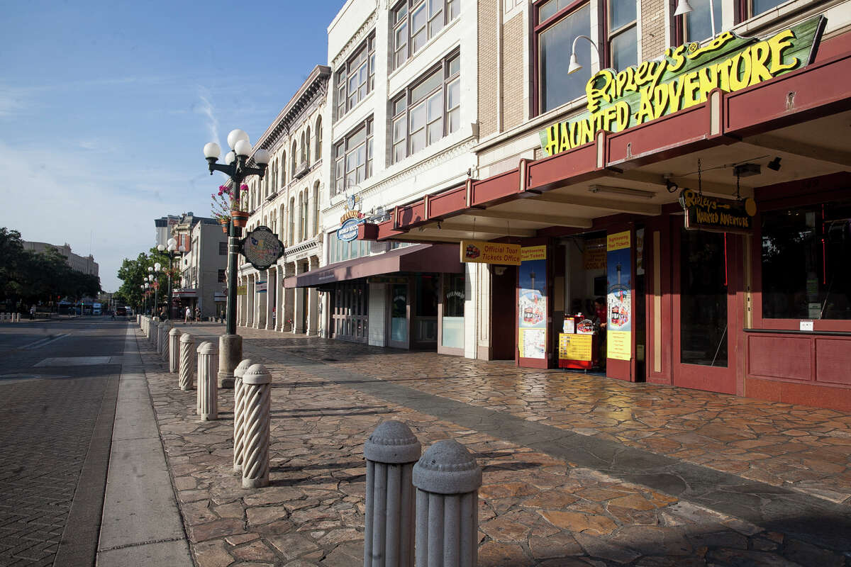 Building facing the Alamo Plaza are being sold to the Texas General Land Office Thursday Oct. 8, 2015.