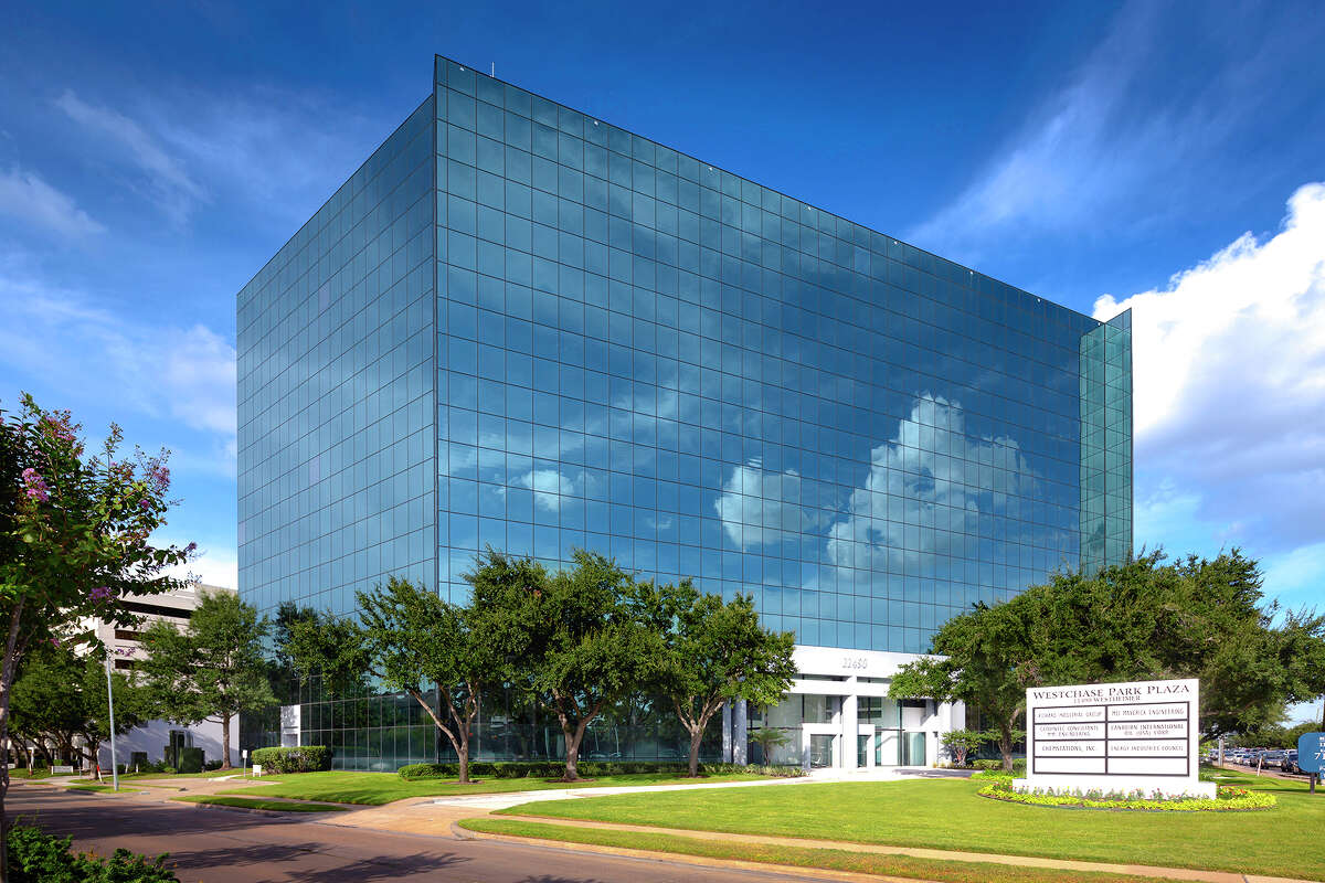 Parmenter Realty Partners upgraded Westchase Park Plaza at 111490 Westheimer.