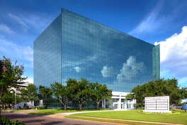 Parmenter Realty Partners upgraded Westchase Park Plaza at 111490 Westheimer. The building earned EPA's Energy Star Certification for the first time with a score of 97, 3838 / 11490 WESTHEIMER / PARAMENTER REALTY PARTNERS