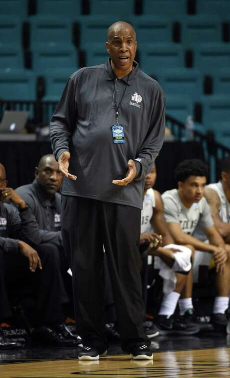 LAS VEGAS, NV - NOVEMBER 23:  Head coach Mike Davis of the Texas Southern Tigers gestures to an official as his team takes on the Howard Bison during the Men Who Speak Up Main Event basketball tournament at MGM Grand Garden Arena on November 23, 2015 in Las Vegas, Nevada. Photo: Ethan Miller, Getty Images / 2015 Getty Images