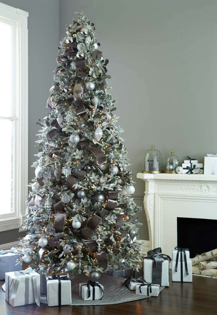 For A Snowedin Look White Christmas Trees Are Top Trend San