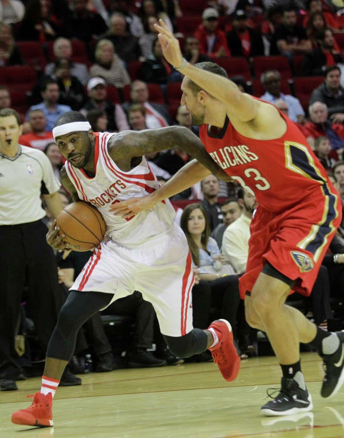 Ty Lawson, trying to work his way past the Pelicans' Ryan Anderson, has shown only glimpses of his Denver flashiness in Houston.
