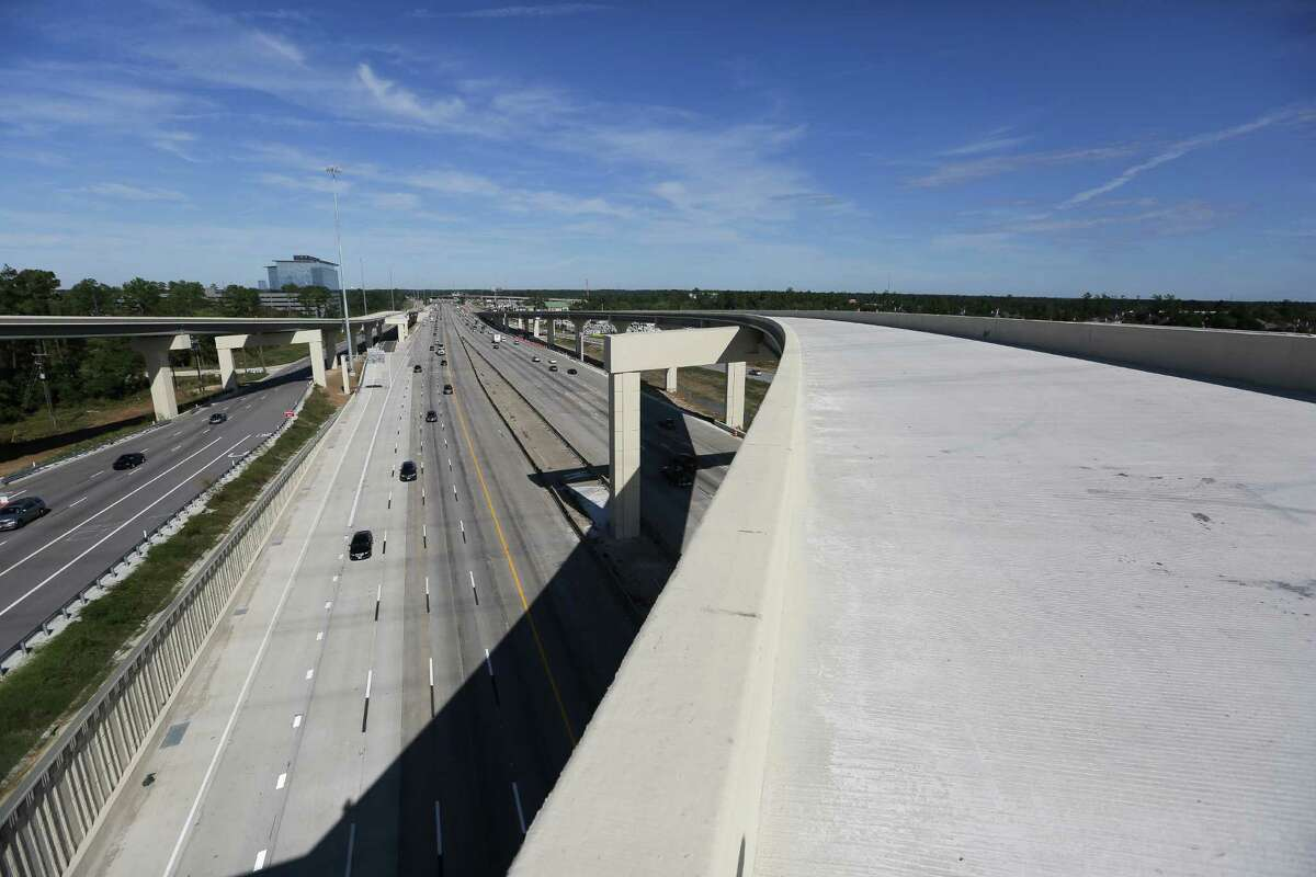 A flyover connects the Grand Parkway to Interstate 45 Thursday, Nov. 12, 2015, in Houston. The section of the Grand Parkway from from U.S. 290 to U.S. 59 is nearing completion and expected to open soon. ( Michael Ciaglo / Houston Chronicle )