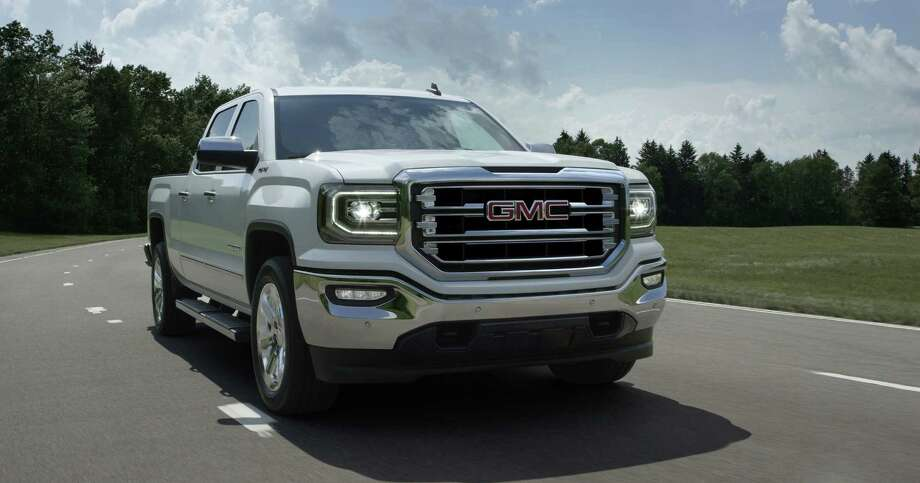 2016 Sierra 1500 SLTs and Sierra Denalis with 5.3-liter V8s will have a standard 8-speed automatic transmission. / GMC