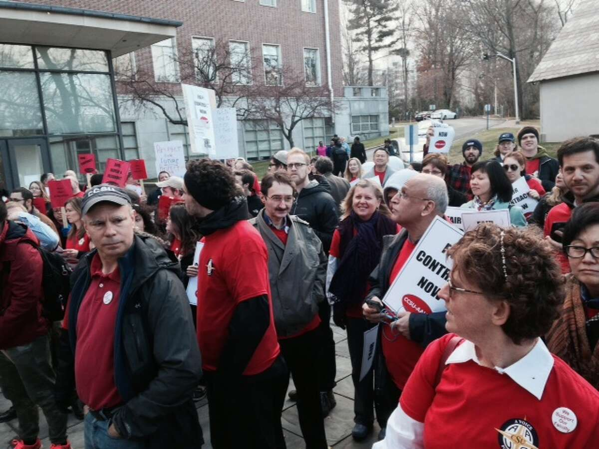 University faculty protest contract negotiations at Board of Regents meeting