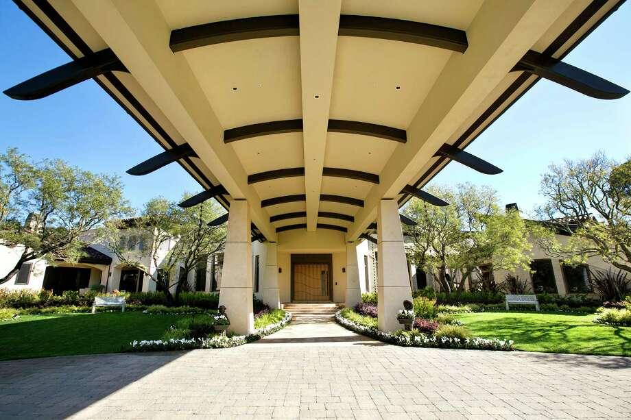 Tech entrepreneur 39 s los altos dream house hits market at for House hits 88