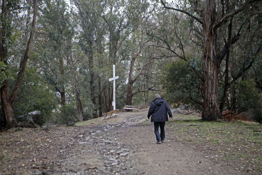 Larry Hicok, of East Bay Atheists Society,  on his way to the  cross in Albany Hill Park, in Albany Calif. on December 3, 2015. The cross maintained by the Lions Club. Photo: Franchon Smith, The Chronicle
