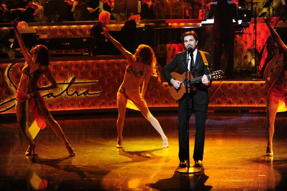 Juanes playing at 'Sinatra 100: An All-Star GRAMMY Concert'. December 2015. (Photo: Kevin Mazur/WireImage). Photo: CBS Photo Archive, CBS Via Getty Images