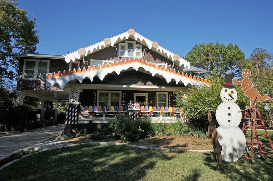 Seguin gingerbread house no more after this holiday season