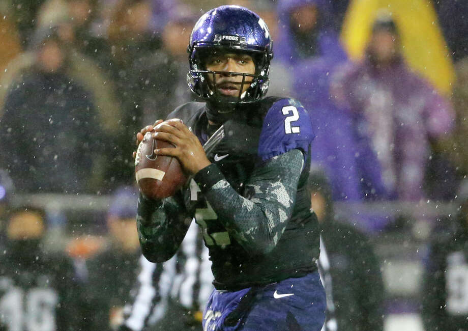 TCU quarterback Trevone Boykin prepares to pass against Baylor during the first half on Nov. 27, 2015, in Fort Worth. Photo: Tony Gutierrez /Associated Press / AP