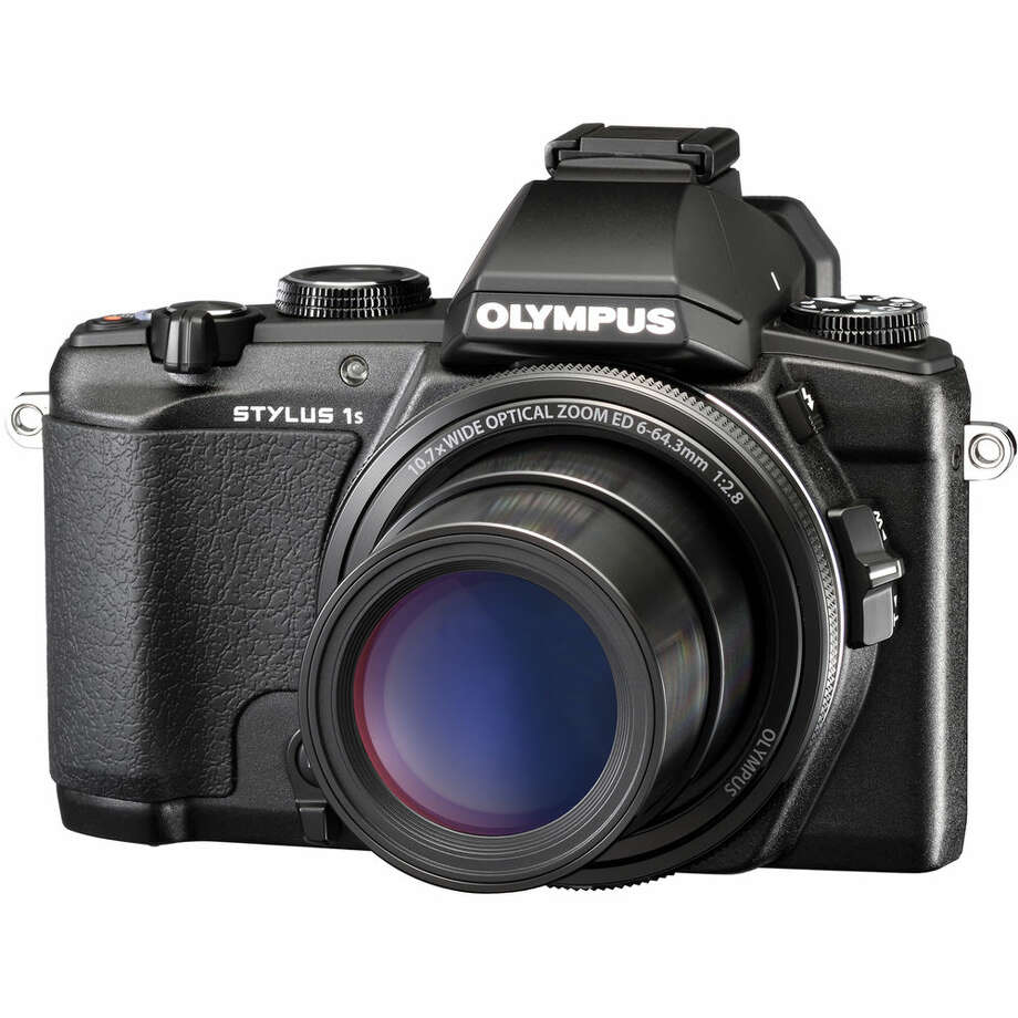 The Olympus Stylus 1s, which offers many DSLR-level features in a compact camera. Photo: Olympus / ONLINE_YES