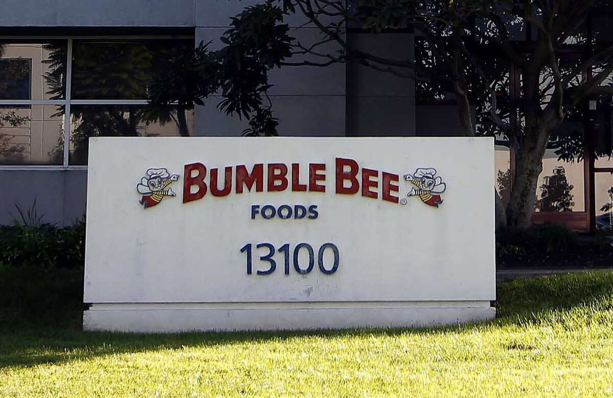 #17 Bumble Bee Bumble Bee does not offer any responsibly-caught options under its flagship brand.