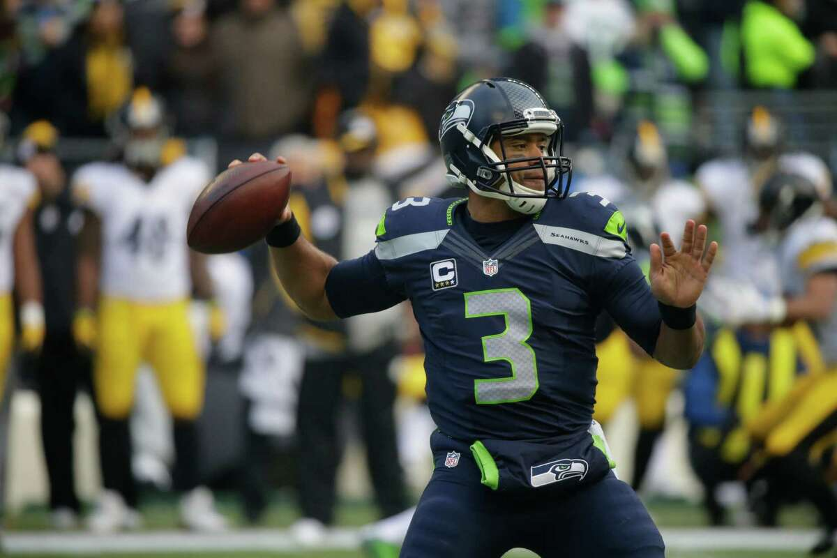 Player in focusOffense: QB Russell WilsonThe Seahawks' signal caller is on an absolute tear at the moment, making him an obvious choice as our offensive player to watch heading into Week 13. Over the last two weeks, Wilson torched both San Francisco and Pittsburgh to the tune of 605 yards, eight touchdowns and no interceptions. It's no coincidence that this uptick in production from Wilson has coincided with the re-emergence of Seattle's previously inconsistent offense, which has performed like one of the more efficient and explosive units in the NFL over the past eight quarters.With the Vikings presenting a much tougher defensive matchup than either San Francisco or Pittsburgh, Sunday should act as a good barometer as to whether Seattle's offense has truly turned a corner, or if it has been the beneficiary of facing off against some subpar competition.