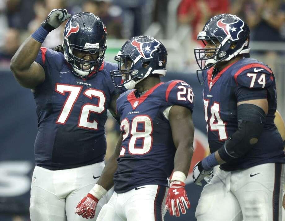 Texans tackle Derek Newton has leadership traits, coach says