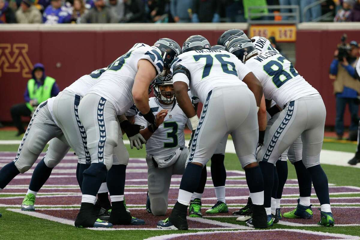 Predictions Ari Lijenwall: Seattle 27, Minnesota 21I thought that Seattle's offense would come down to earth a bit this week considering Minnesota has a stouter defense than the ones the Seahawks faced the past two weeks. I was wrong.Stephen Cohen: Seattle 23, Minnesota 20Steve thought Jordan Hill and Demarcus Dobbs being held out would make stopping Peterson a little tougher. He was also wrong.