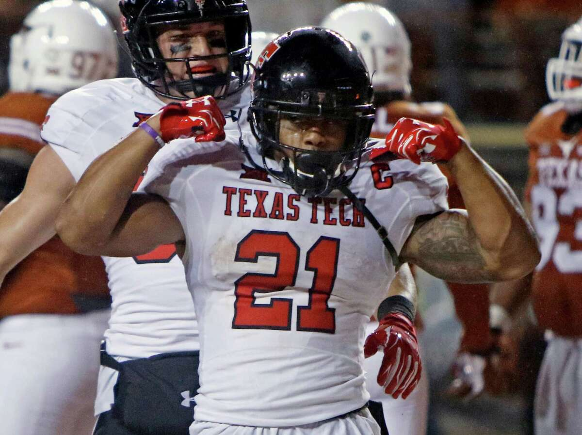 Texas Tech's DeAndre Washington, a Missouri City native, has scouts comparinig him to versatile Cincinnati Bengals back Giovani Bernard.