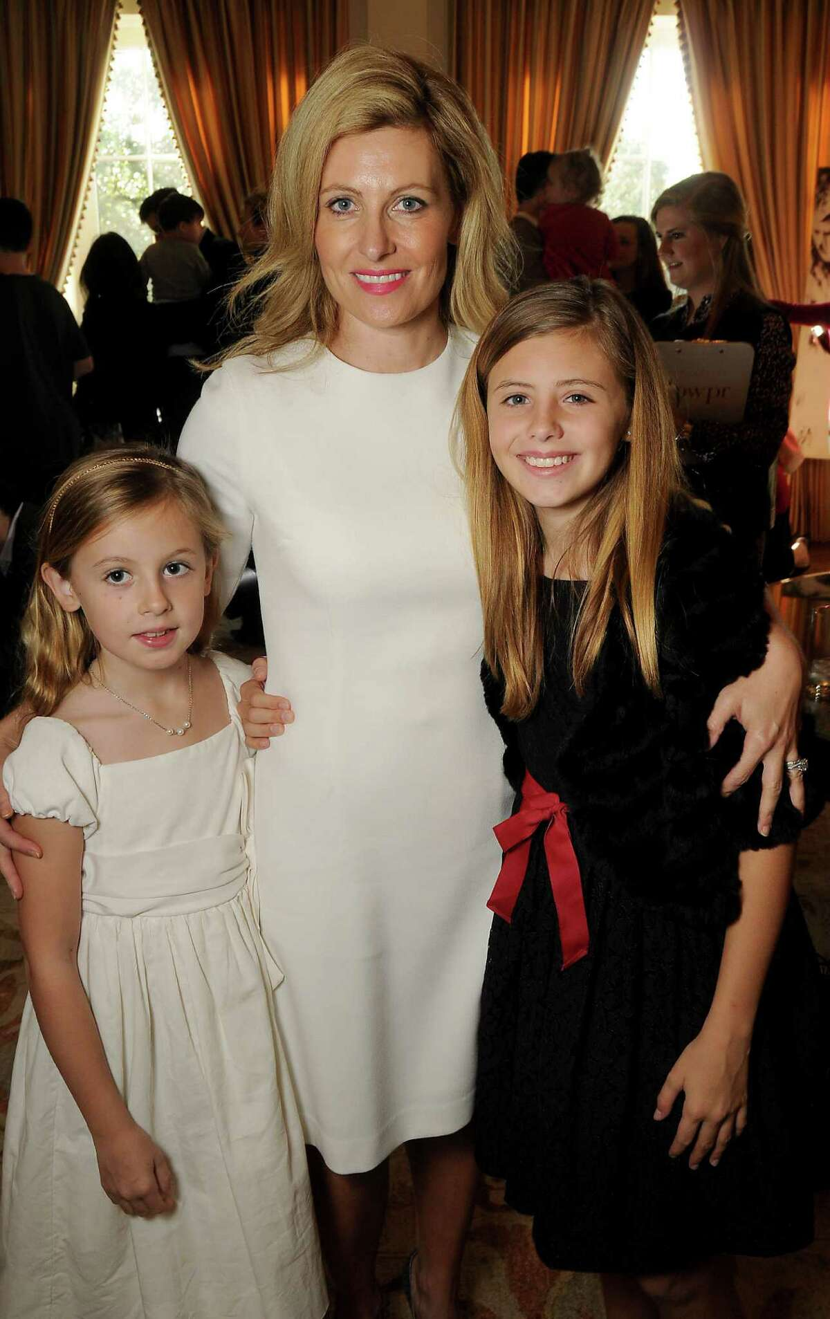 Carolyn Tanner with her daughters Brinnley and Lauren