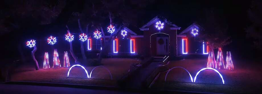 matthew johnson said his holiday light extravaganza of perfectly arranged lights twinkling in unison to christmas