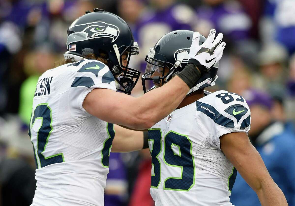 Wide receivers/tight ends: Doug Baldwin had five catches for 94 yards and two touchdowns. Rookie Tyler Lockett had seven catches for 90 yards. And after perhaps his best game of the season the previous week against the Pittsburgh Steelers, Jermaine Kearse dropped his only target. Tight end Luke Willson had two catches for 36 yards, which included a nifty move on a screen pass in the first half. With Seattle's emphasis on the ground game, Seahawks wide receivers and tight ends are not likely to get the same opportunity as other pass-centric systems. But they still can be really productive. Sunday provided further proof. Grade: A