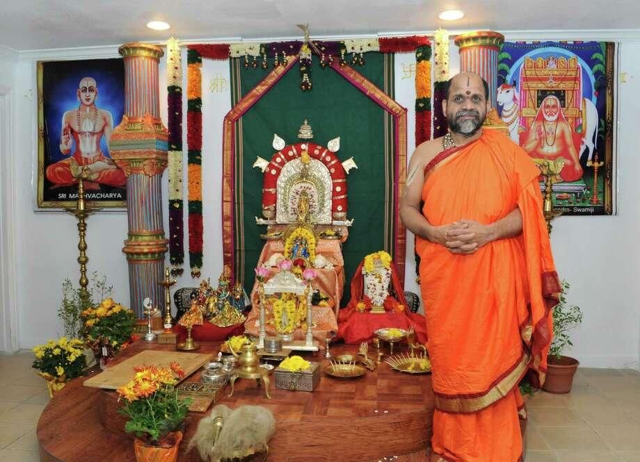 Hindu Temple Finds New Home In Sugar Land World Hindu News