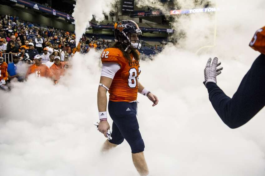 UTSA's David Morgan II walks out of the tunnel during UTSA's game against Old Dominion at the Alamodome in San Antonio on Saturday, November 7, 2015.
