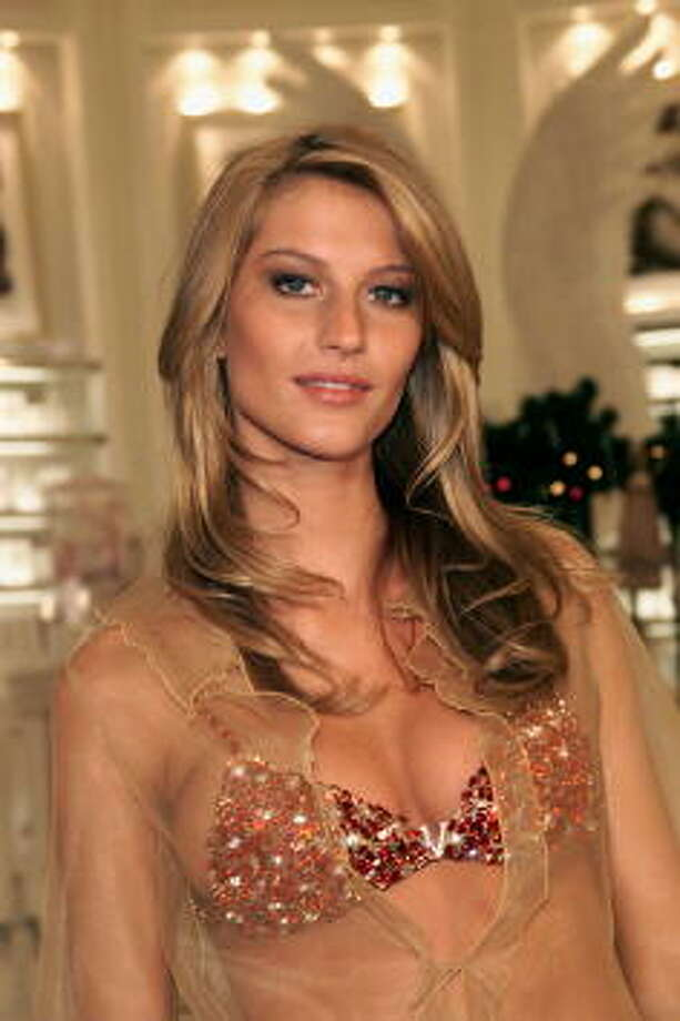"Valued: $15 millionVictoria's Secret 2000 Fashion Show: Supermodel Gisele Bundchen shows off the $15 million ""Fantasy Bra"" at the grand opening of Victoria's Secret Lincoln Center-area store in New York City. Photo: Evan Agostini, Getty Images / Hulton Archive"