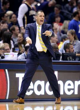 Pacers coach Frank Vogel is modeling his team after the Warriors.
