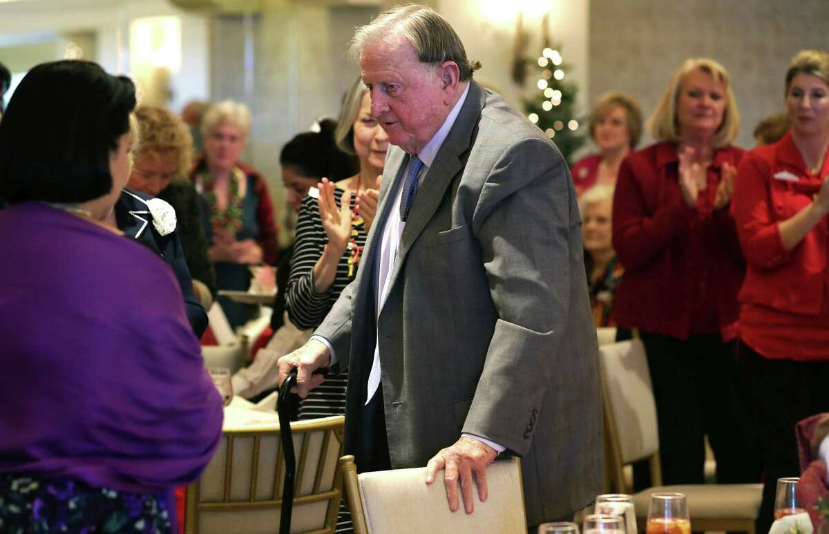 Red McCombs, who sits on the board of the nonprofit Alamo Endowment, receives a standing ovation as he prepares to address members of the Daughters of the Republic of Texas Alamo Mission Chapter on Tuesday, Dec. 8, 2015, speaking about the future of the Alamo, at the group's annual luncheon held at the San Antonio Country Club.