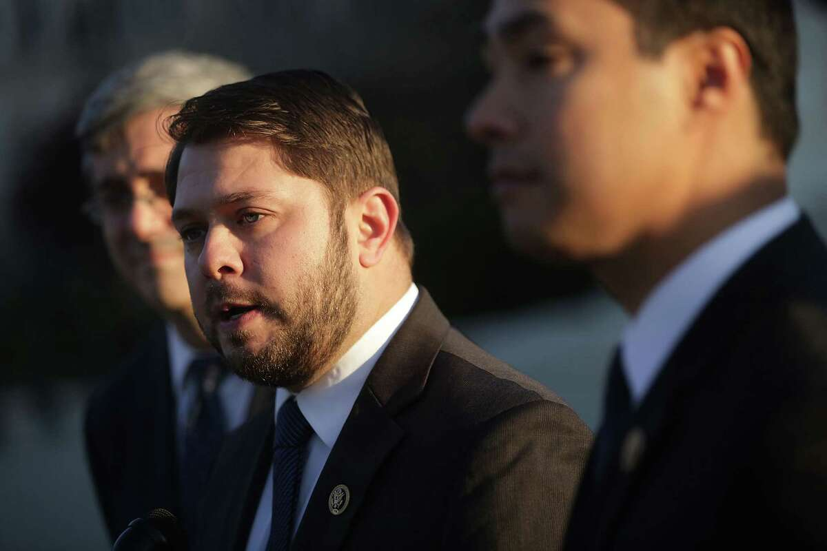 U.S. Rep. Ruben Gallego (D-AZ) We must stand against Trump's bigotries- birther conspiracies, attacks on Gold⭐️ parents & civil rights heroes. I won't attend inauguration. - Ruben Gallego (@RepRubenGallego) January 17, 2017