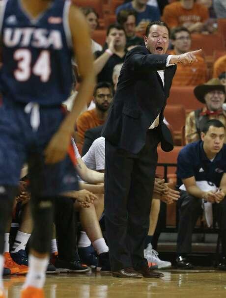 UTSA basketball coach Brooks Thompson calls out to his team on the floor against Texads in Austin on Dec. 8, 2015. Photo: Kin Man Hui /San Antonio Express-News / ©2015 San Antonio Express-News