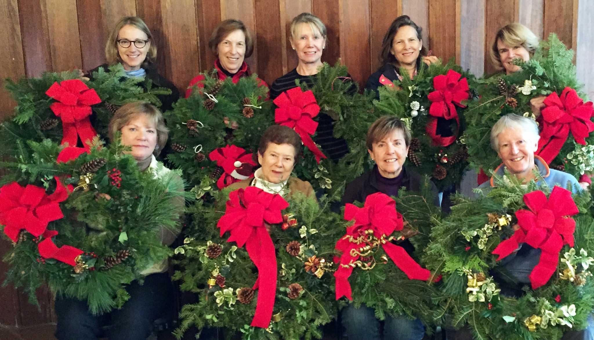 Garden Club Wreaths Spread Holiday Cheer Fairfield Citizen