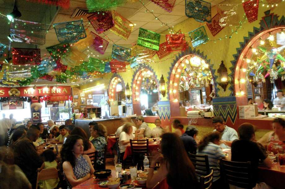 The dining room bustles at Mi Tierra in San Antonio / email from Kristin.Finan@chron.c