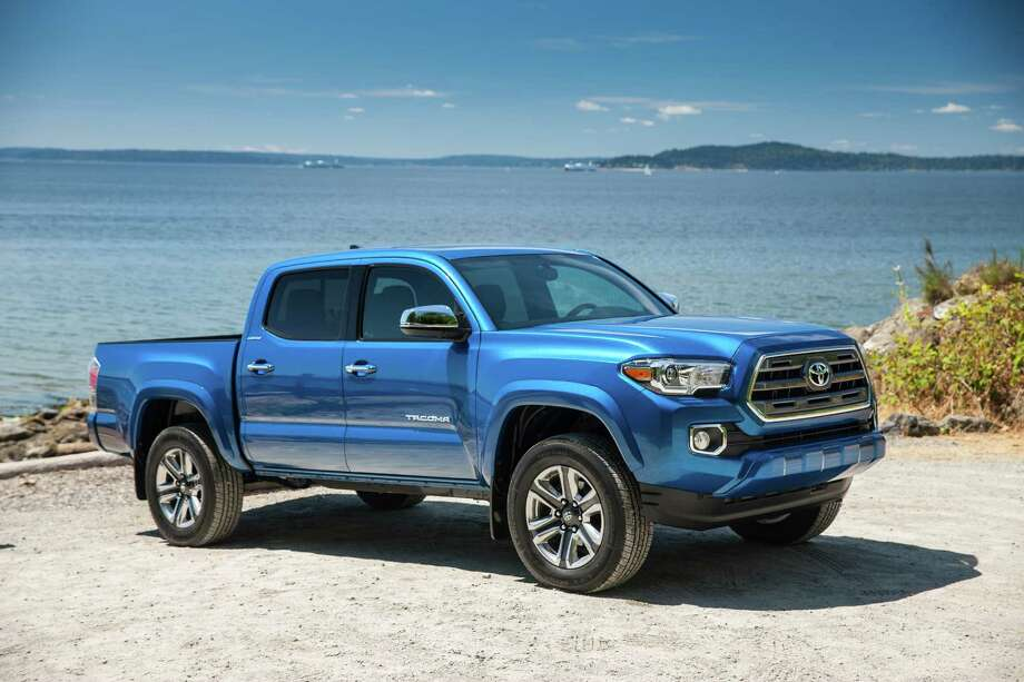 Classier 3rd-gen Tacoma Limited gets more power, tech