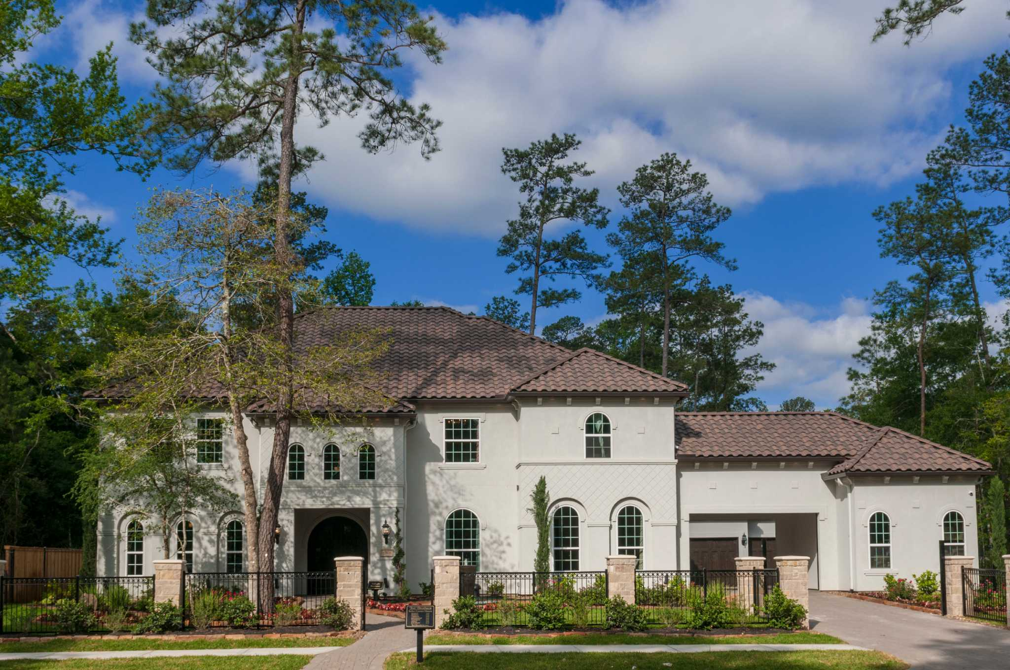Sienna Plantation Adds New Company To Luxury Home Builders