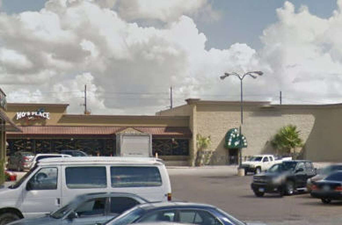 Mo's Place 21940 Kingsland Blvd., Katy Violation: Sell/Deliver AB to Intoxicated Person