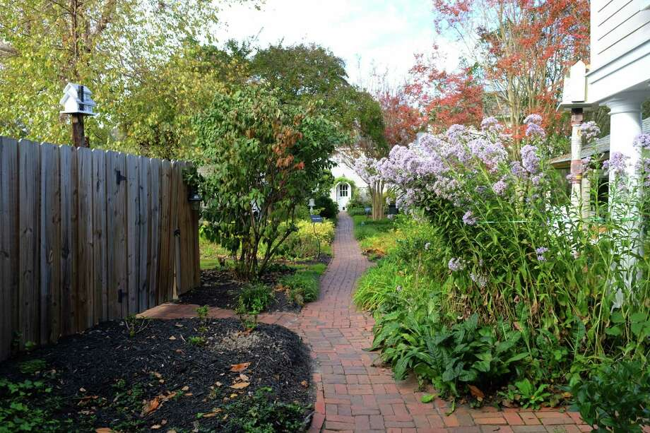 The garden at Hope and Glory Inn in Irvington, Virginia, is tranquil and serene. Photo: Jim Byers / For the Chronicle