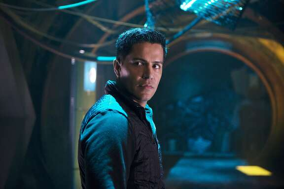"THE EXPANSE -- ""Remember the Cant"" Episode 103 -- Pictured: Jay Hernandez as Dimitri Havelock -- (Photo by: Rafy/Syfy)"